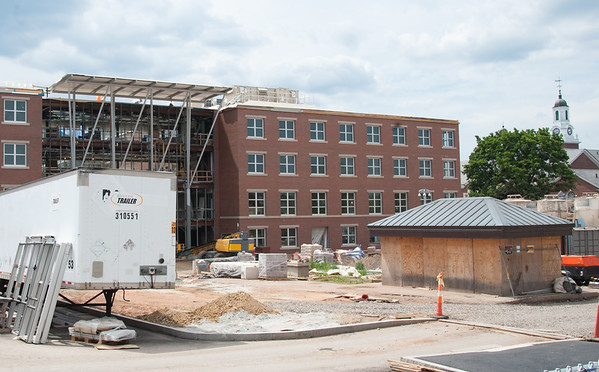 Wesley Bunnell | Staff Renovations being made to Willard and DiLoreto Halls on the CCSU campus late last month.