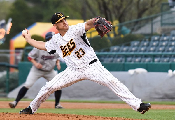 050117  Wesley Bunnell | Staff  New Britain Bees vs the Somerset Patriots on Monday evening. Eric Fornataro (23)