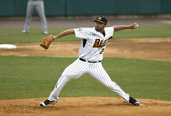 7/1/2017 Mike Orazzi | Staff The Bees' Nick Greenwood (25) Saturday night.