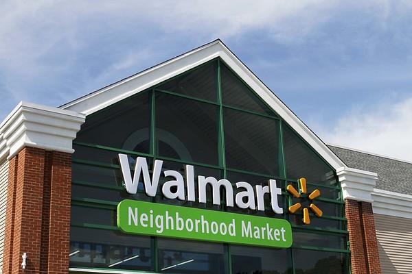 mora_Walmart-BR-071613-06
