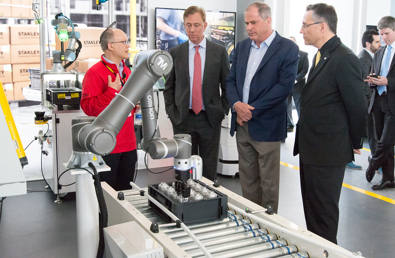 04/11/19  Wesley Bunnell | Staff  Stanley Back & Decker launched their Advanced Manufacturing Center of Excellence, called Manufactury 4.0 on Thursday at its downtown Hartford location at 1 Constitution Plaza. Manufacturing Technology Manager Industry 4.0 Phil Glick, L, speaks with Governor Ned Lamont, President and CEO of Stanley Black and Decker Jim Loree, and CTO Mark Maybury.