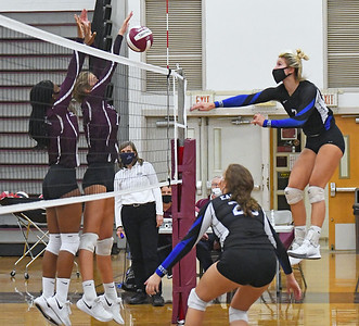 bristol-eastern-girls-volleyball-rallies-to-win-fiveset-thriller-against-rival-bristol-central