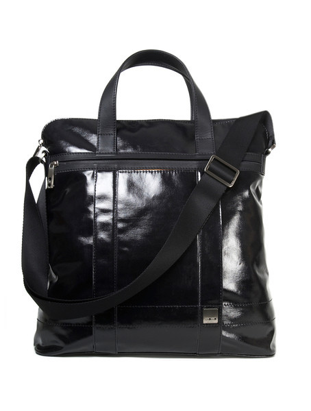 riley_glossy_black_front