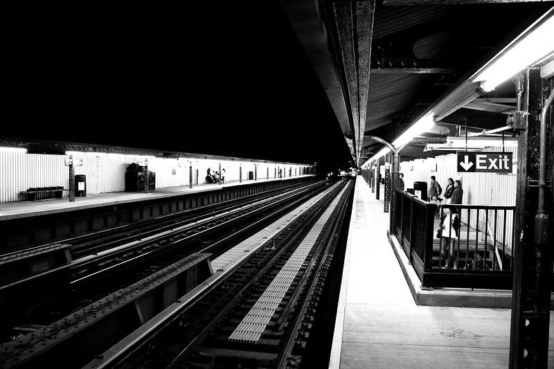 25th Avenue, D line station, Brooklyn  -- click image for larger view