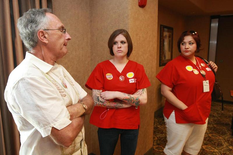Ed Bruno talks with El Paso RNs Susan Wheatley and Erica Yglecias