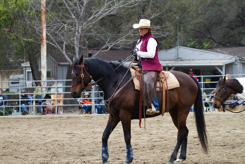 Two weeks ago this horse could not stand tied, had bucked several riders off, and had chaos in his brain. Ground work, patience and Stacie with the help of horsewoman Janine Roy, have made ALL the difference. This horse, at last, has found peace..