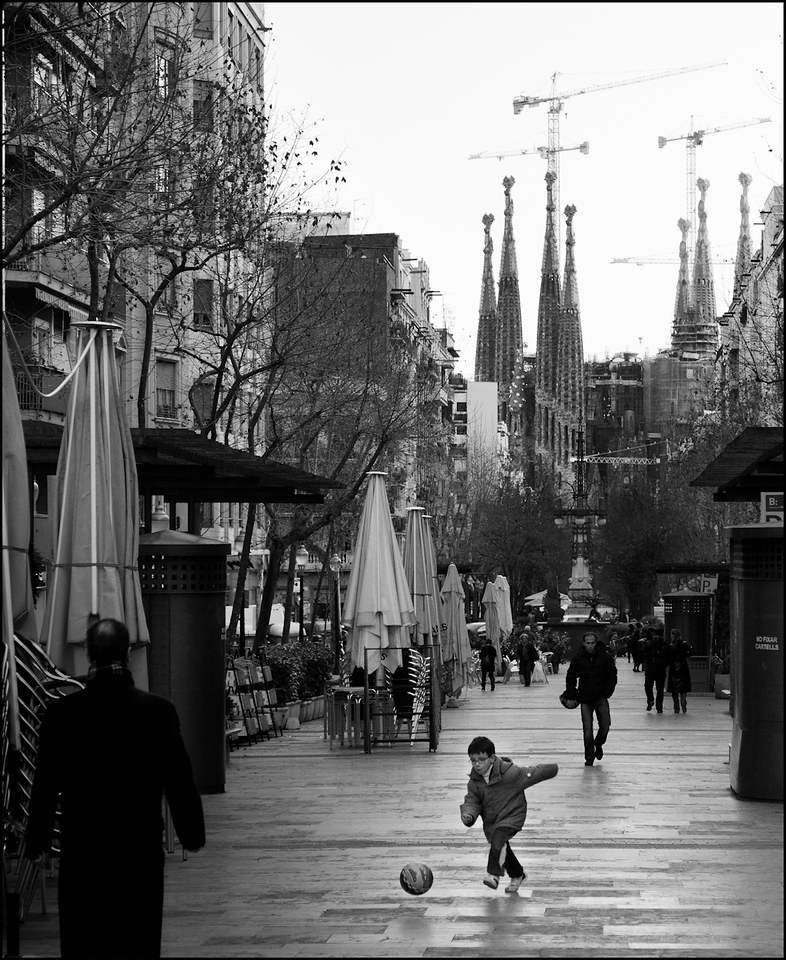 Boy, ball, La Sagrada Familia, Barcelona.