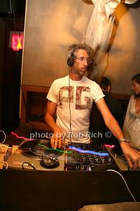 DJ Stretch Armstrong