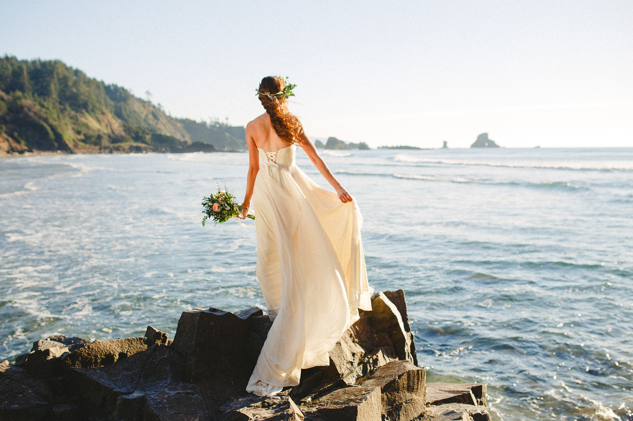 "Bridal Editorial | Oregon Coast | ""Océano Celestial"""