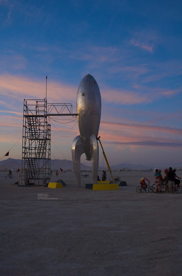 """The Raygun Gothic Rocket: <a href=""""http://www.raygungothicrocket.com/"""">http://www.raygungothicrocket.com/</a>"""