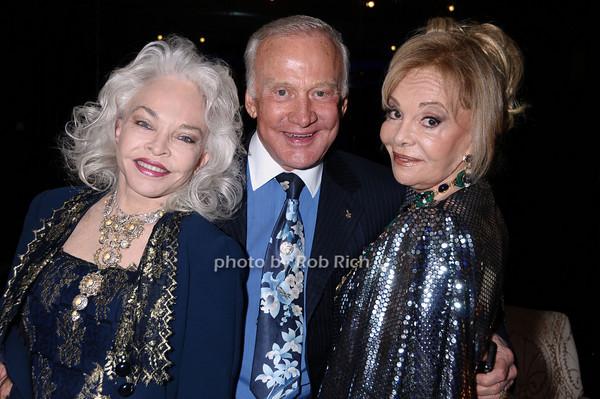 Lois Aldrin, Buzz Aldrin, Vivian Serota<br /> photo by Rob Rich © 2009 robwayne1@aol.com 516-676-3939