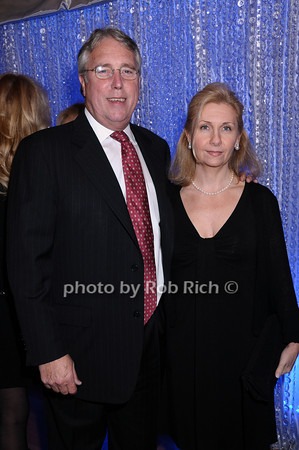 John Chase, Carrie Chase<br /> photo by Rob Rich © 2009 robwayne1@aol.com 516-676-3939