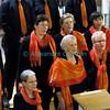 Samedi 21 avril 2012, Promasens, Eglise. Concert des choeurs paroissiaux. Ici, le choeur-mixte de Promasens, sous la direction d'Arnaud Chevaley.