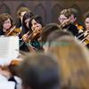 Dimanche 22 avril 2012, la messe du dimanche matin.<br /> La messe de 10h est donnée avec tous les choeurs de l'Association Saint-Henri (et la  Cécilienne d'Oron). Ici, l'Orchestre de la Ville de Bulle, dirigé par Olivier Murith.