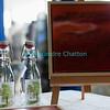 Samedi 21 avril 2012, Promasens: le marché artisanal des Céciliennes se déroule de 11h à 17h entre la salle polyvalente et l'église. La poire muscat de Monsieur, et la peinture et les étiquettes de Madame.