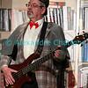"""Vendredi 20 avril 2012, Promasens, salle polyvalente: le spectacle intitulé """"L'coup du lapin"""" donné par la troupe du Cabaret d'Oron. Sherlock Holmes à la basse."""