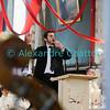 Dimanche 22 avril 2012, la messe du dimanche matin.<br /> La messe de 10h est donnée avec tous les choeurs de l'Association Saint-Henri (et la  Cécilienne d'Oron). Ici, le responsable musical: Gonzague Monney.