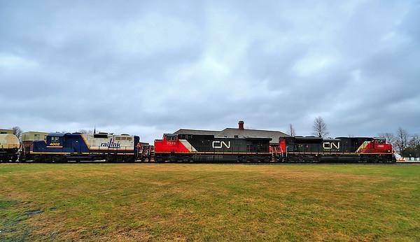 Canadian National #324 with Cape Breton & Central Nova Scotia Ry GP9-4 4002, St Jean Qc