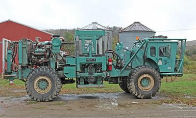 Geokinetics thumper truck 8406