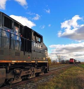 Canadian National #528 & #323, L'Acadie Qc  October 30 2014.