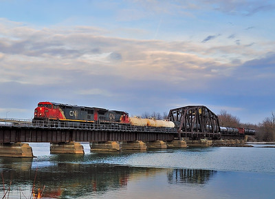 Canadian National #323, Lacolle Qc November 5 2014