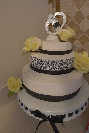 2014 11 - Julie's Wedding Cake (1)