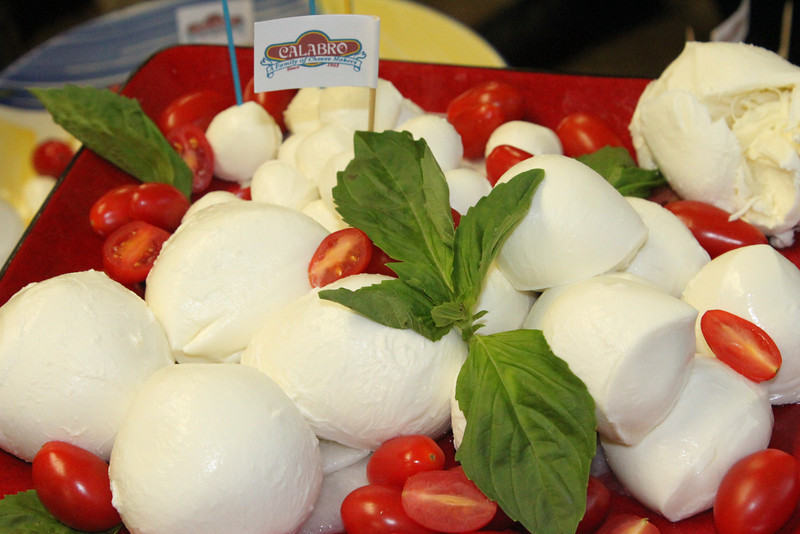 Welcome to Calabro Cheese Co., East Haven, CT home of the best Mozzarella and Ricotta Cheese in America!
