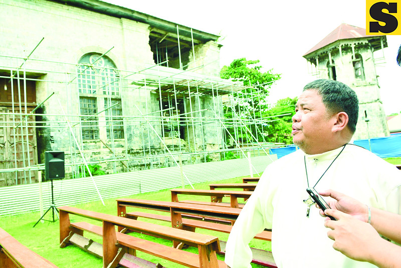 Dauis, Bohol church