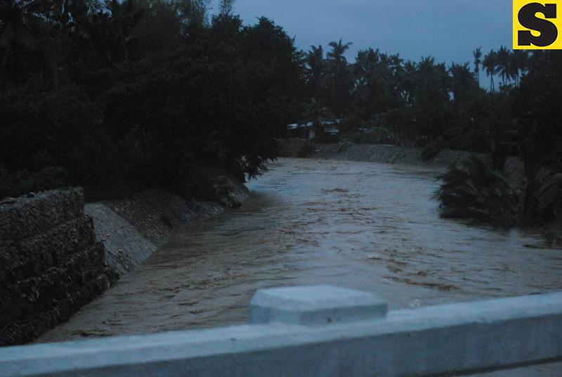 CEBU. A sight of the Cansaga River after Typhoon Yolanda made landfall on Friday. (Dave Tangarorang/Sunnex)