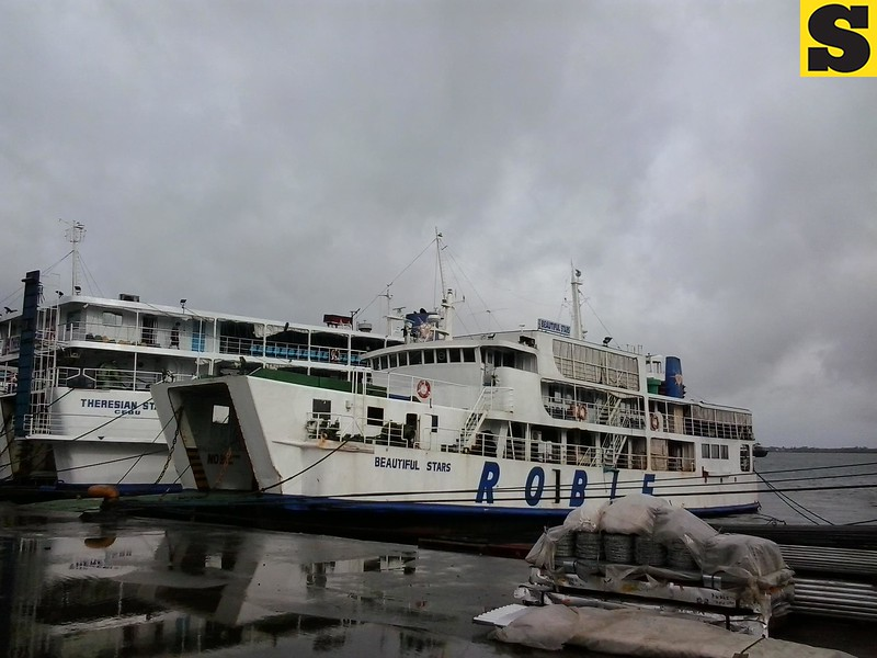 CEBU CITY. Vessels are grounded at the Cebu ports Tuesday as weather bureau raised signal no. 3 in Cebu.