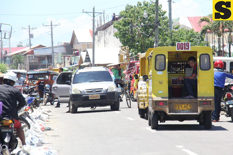 Back to normal in Tacloban City with vehicles playing the streets