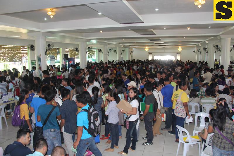 Job fair applicants six months after Yolanda