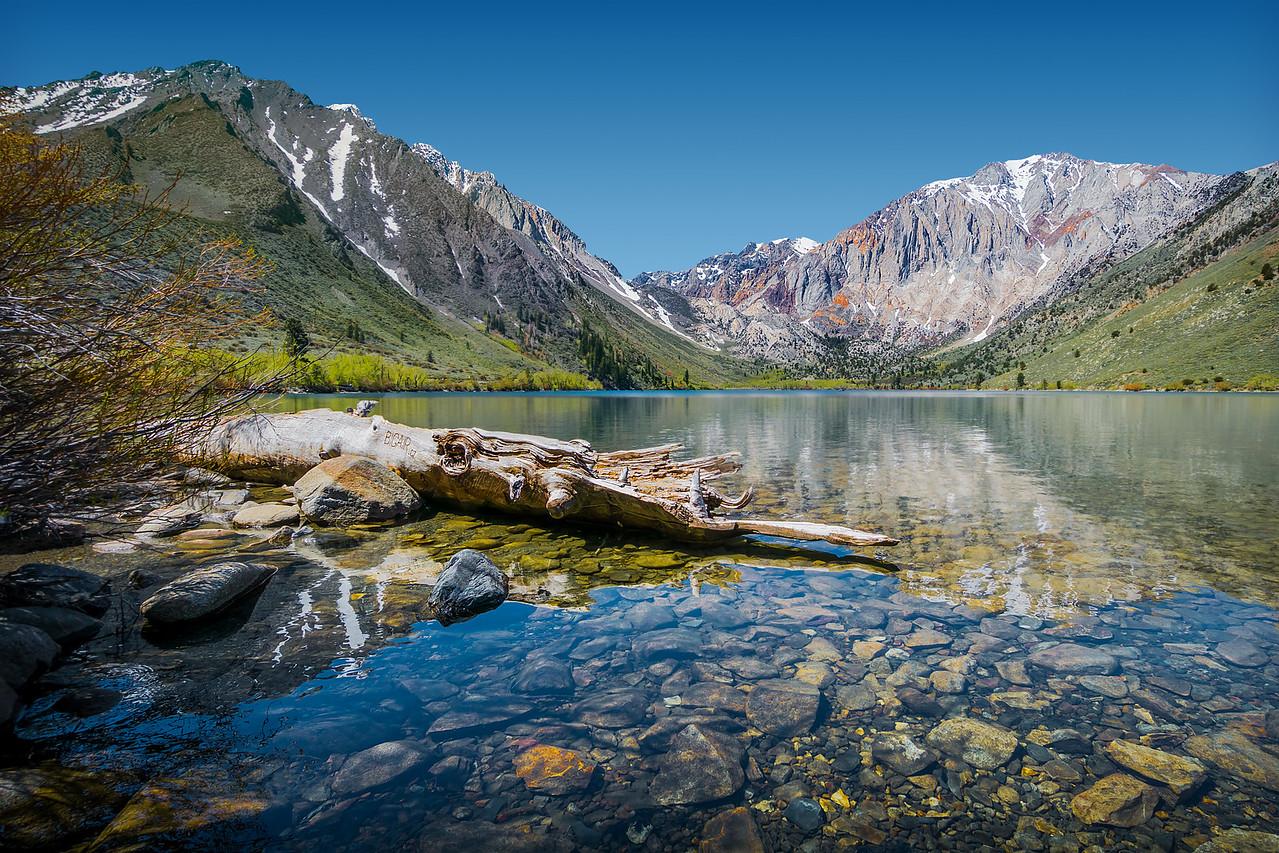 Travel_Photography_Blog_California_Sierra_Convict_Lake_log