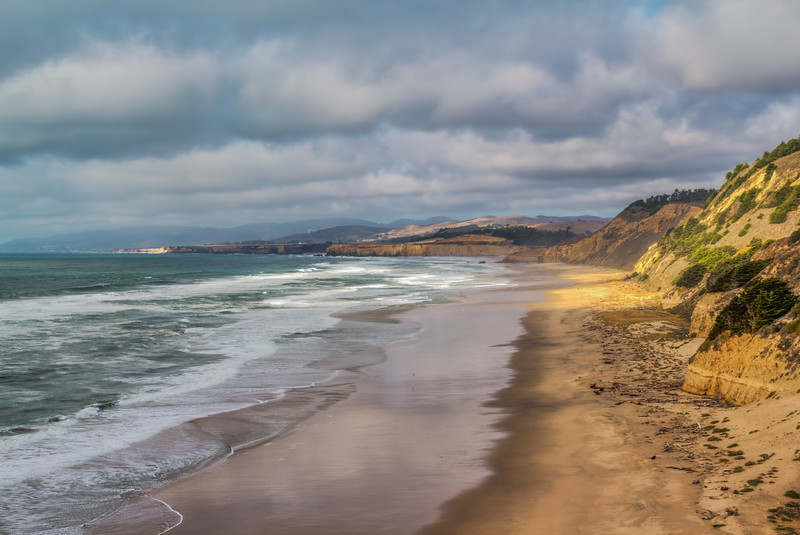 Low Clouds Over San Gregorio Beach (California)