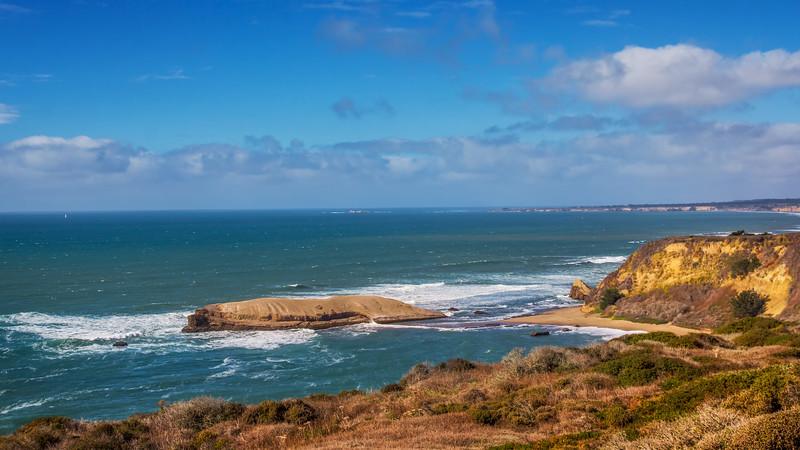 Travel Photography Blog - California, Santa Cruz, Greyhound Rock Beach
