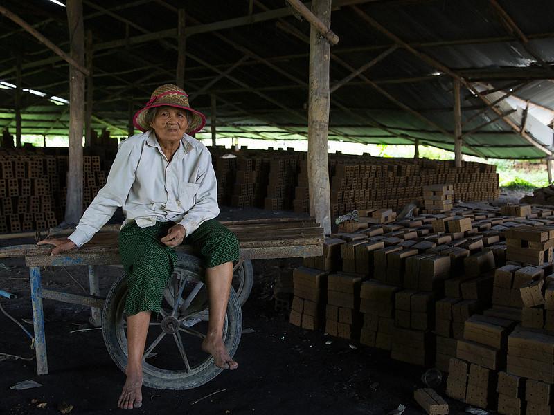 Battambang_AUG_2013-1192-2