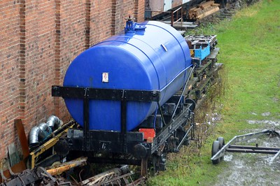 150305 14t Oil Tank at Weston Wharf    28/11/15
