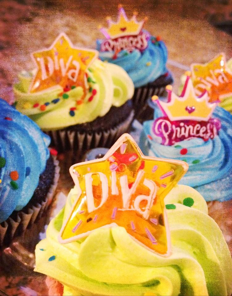 Yummy delicious birthday treats!!
