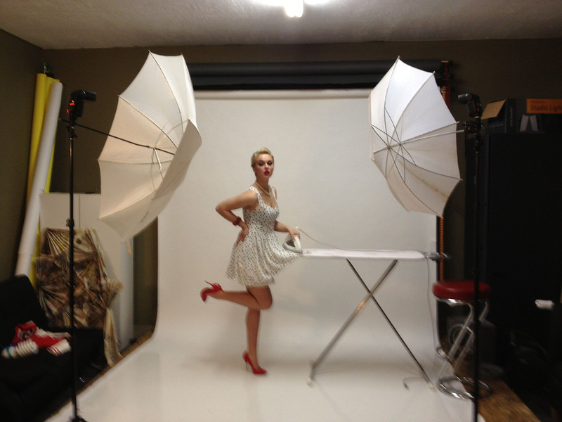 Behind the scenes of today's pinup shoot