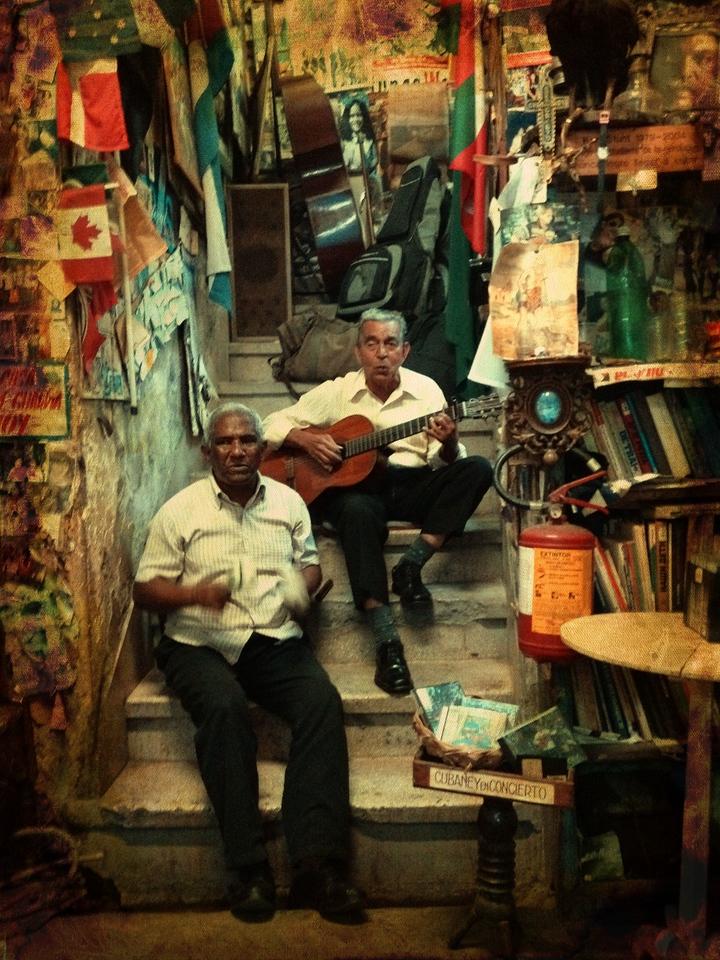 La Escalera, a cool place in Santiago de Cuba!