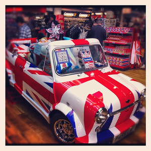 Wenlock & Mandeville in Mini Cooper, Piccadilly Circus London