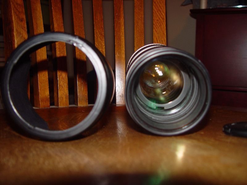 Canon 70-200 Lens, 3rd on list, not damage to hood (left) at 1 o'clock