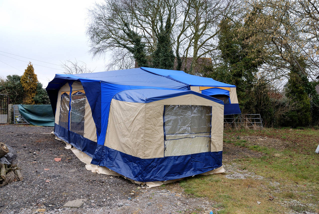 We attached the extension tent to this end of the awning, it can be attached at either end