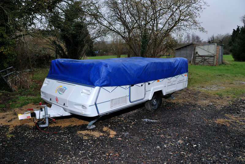 Camper folded, without winter cover