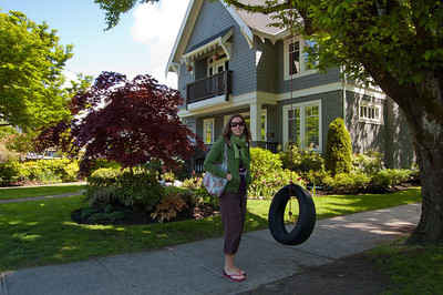 Kitsilano, where Laura lives, is a gorgeous neighbourhood full of tree lined avenues, parks and clapboard houses.