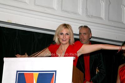 Marisa Acocella Marchetto photo by R.Cole for   Rob Rich © 2009 robwayne1@aol.com 516-676-3939