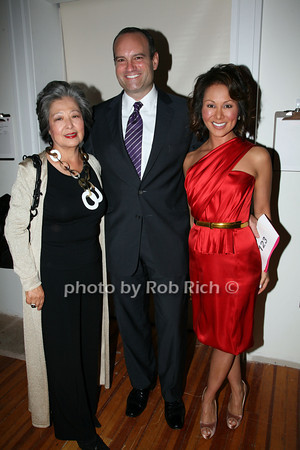Kim Cho, John Prunier, Alina Cho photo by R.Cole for   Rob Rich © 2009 robwayne1@aol.com 516-676-3939