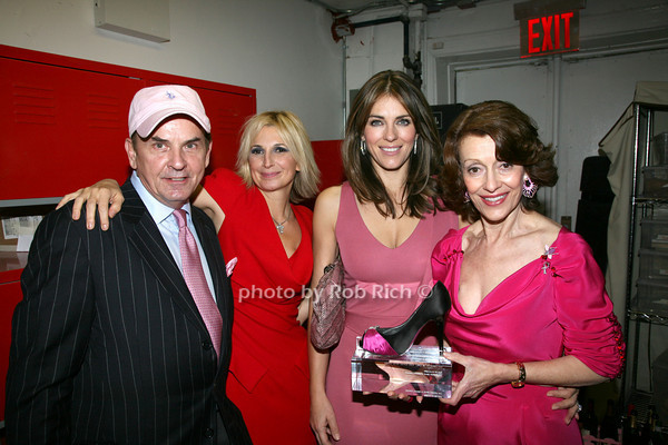 Tom Lampson, Marisa Acocella Marchetto, Elizabeth Hurley, Evelyn H. Lauder <br /> photo by R.Cole for   Rob Rich © 2009 robwayne1@aol.com 516-676-3939