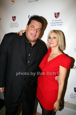 Steve Schirripa, Marisa Acocella Marchetto photo by R.Cole for   Rob Rich © 2009 robwayne1@aol.com 516-676-3939