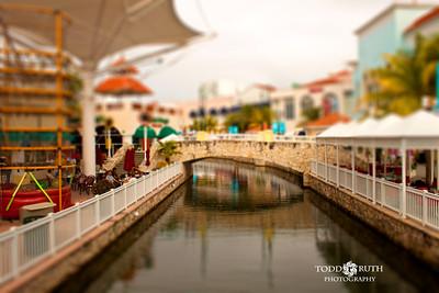 Cancun Bridge Archive